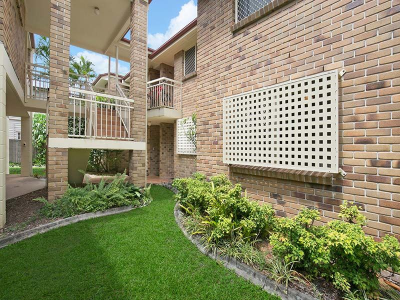 2/30 WILTON TERRACE, Yeronga QLD 4104, Image 0