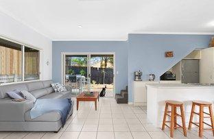 Picture of 2/7 Lipton Street, Sunrise Beach QLD 4567