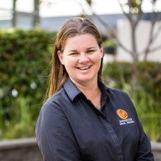 Chloe Riles, Sales representative