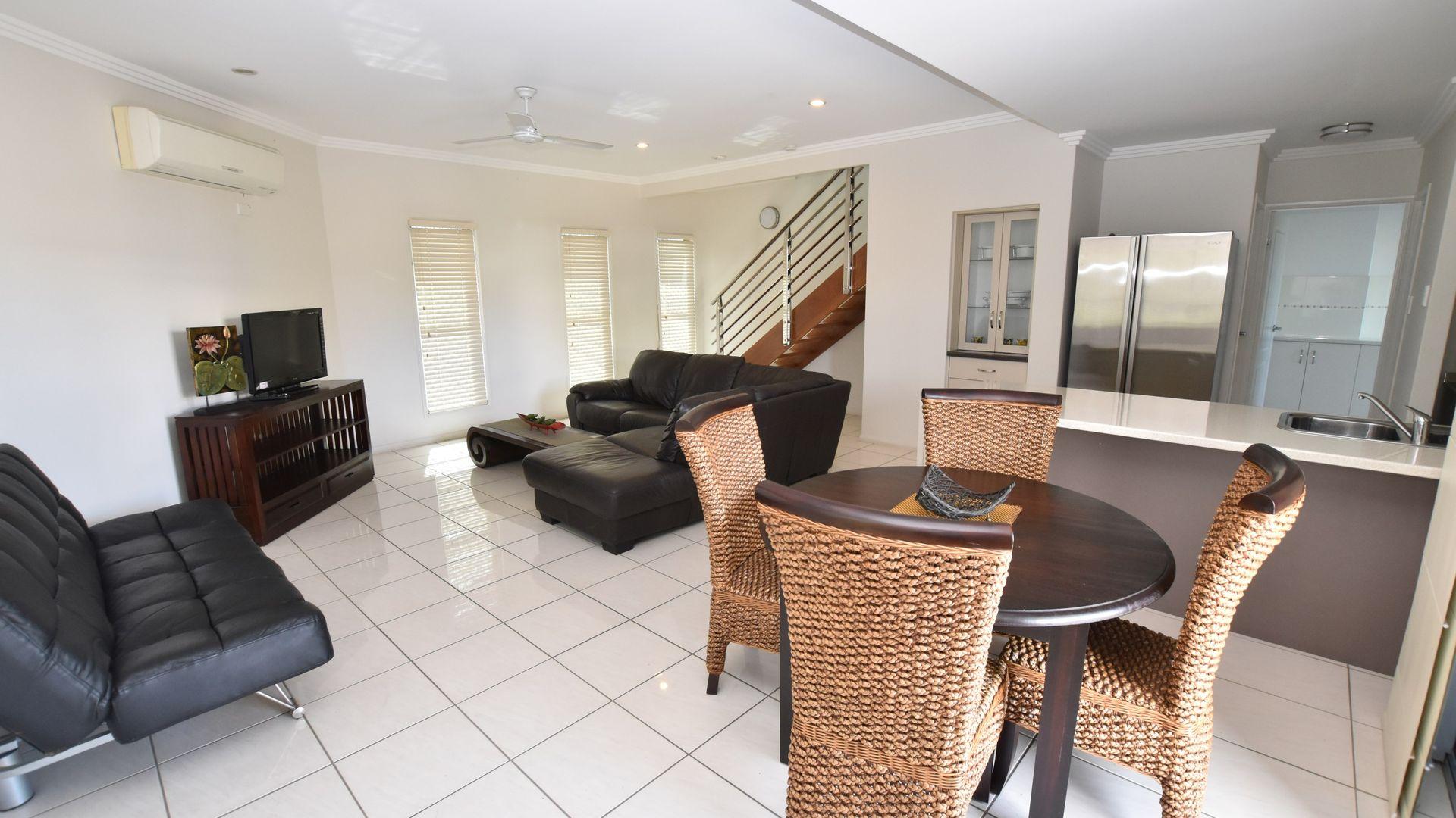15 Glenlyon Street, Gladstone Central QLD 4680, Image 1