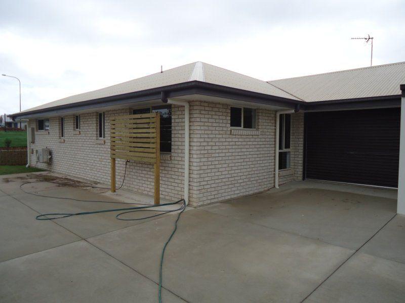 Unit 1/10 Telopea Place, Kirkwood QLD 4680, Image 2