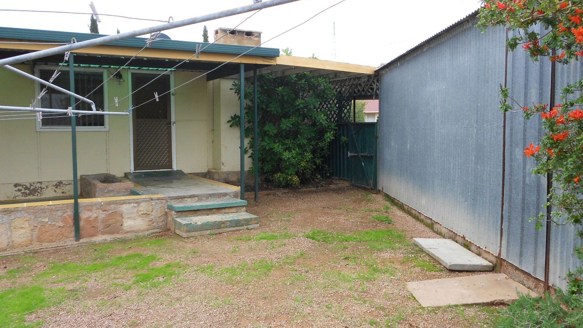 37 Noll Street, Port Pirie SA 5540, Image 12