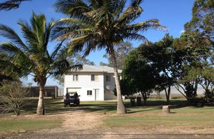 Picture of 394 LINDEMANS RD, Moore Park Beach QLD 4670