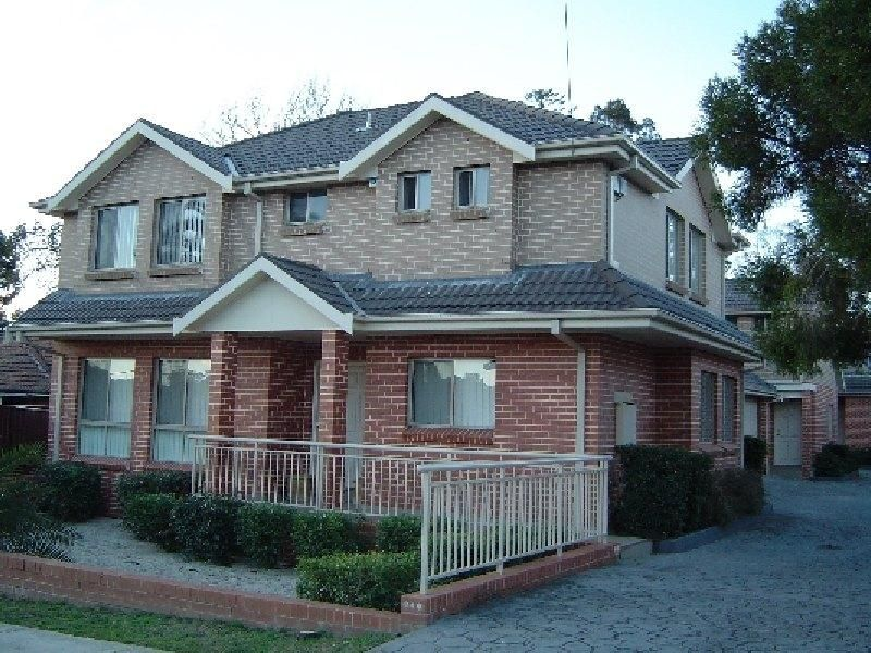 2/11 Austral Avenue, Westmead NSW 2145, Image 0