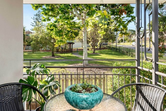 Picture of 37 Long Street, CAMP HILL QLD 4152