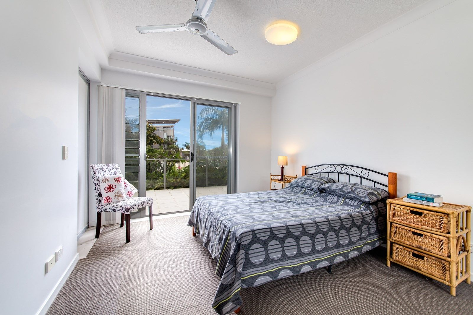 2102/27 Boardwalk Boulevard, Mount Coolum QLD 4573, Image 2