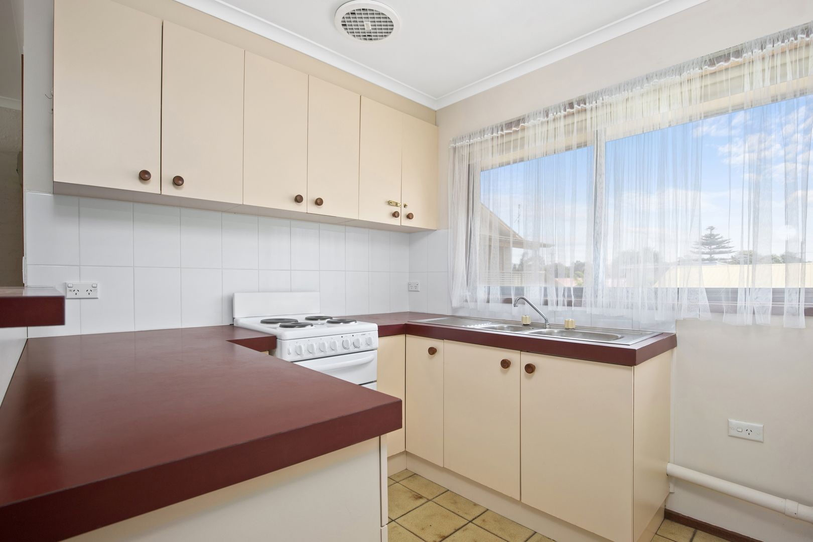 2/5 Avalon Street, Batemans Bay NSW 2536, Image 1