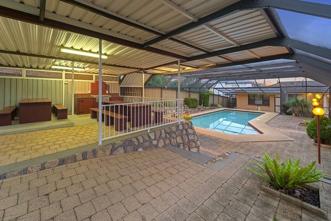 Picture of 55 Middle Point Road, BOLTON POINT NSW 2283
