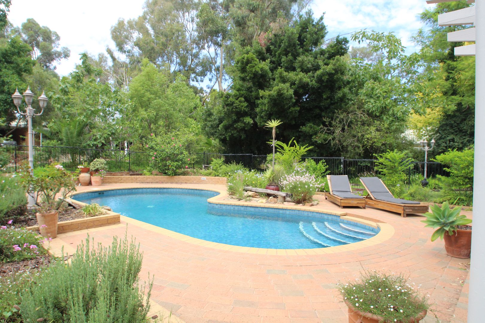 16 Barooga Road, Tocumwal NSW 2714, Image 2