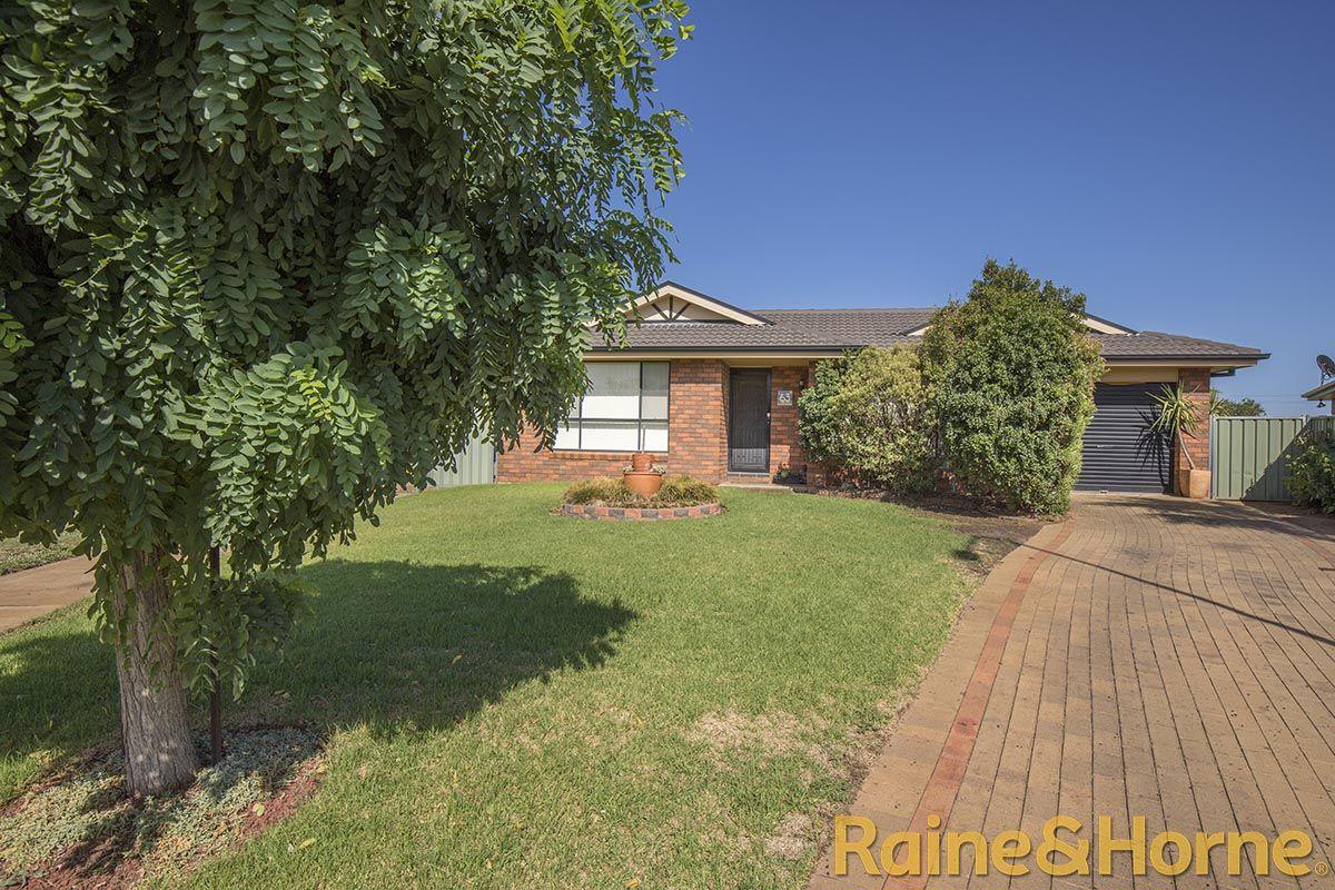 63 Meadowbank Drive, Dubbo NSW 2830, Image 0