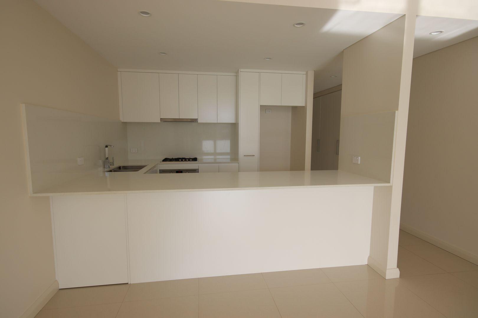 301/7-11 Smith Street, Ryde NSW 2112, Image 2
