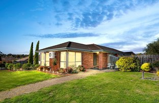 Picture of 27 Strathearn Drive, Sunbury VIC 3429