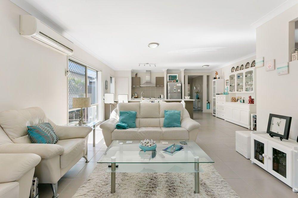 10 Crater Street, Caloundra West QLD 4551, Image 1