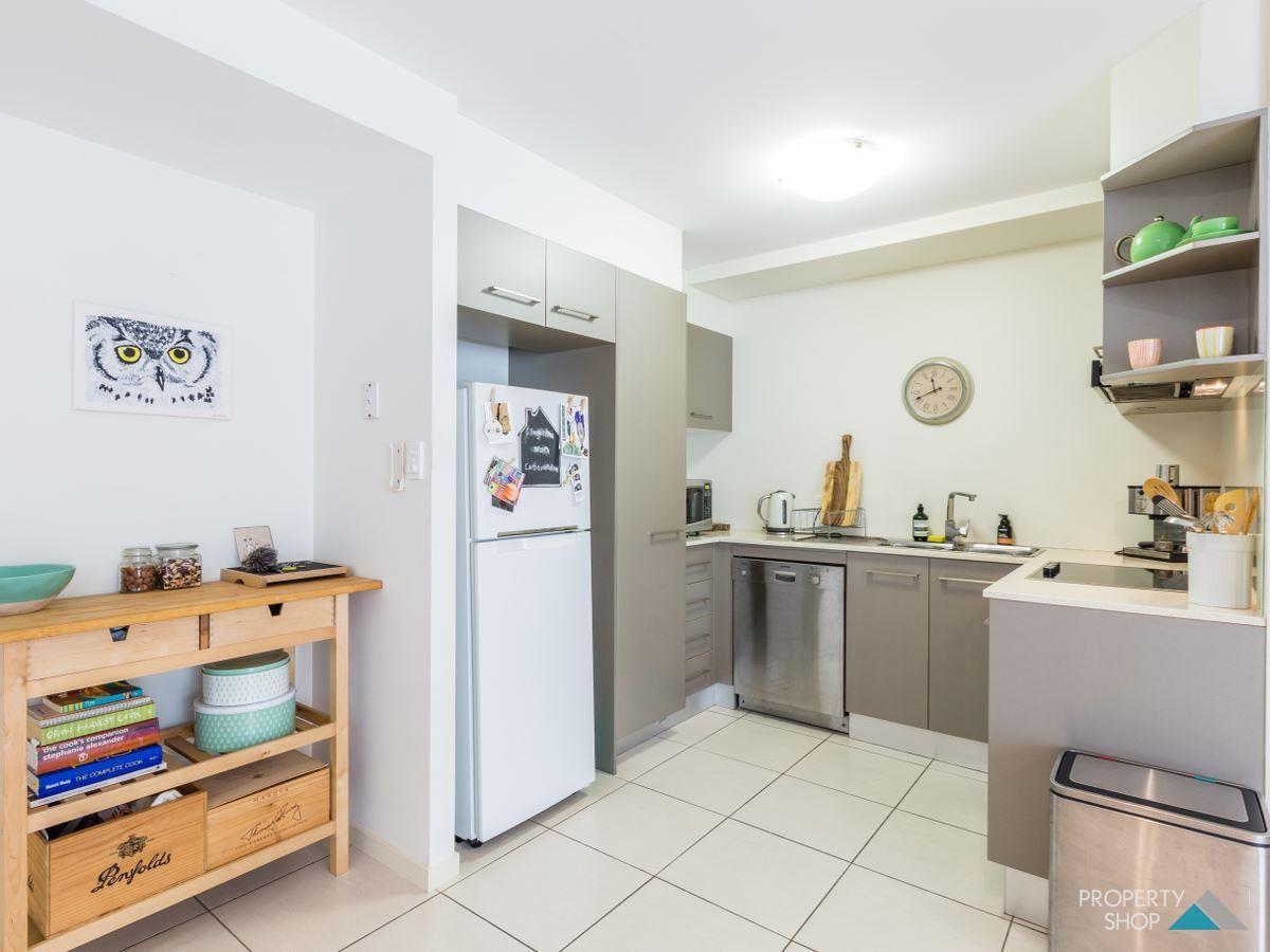 1/21 Digger Street, Cairns North QLD 4870, Image 1
