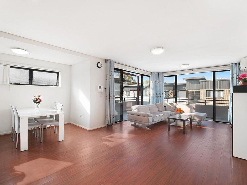 4/13 Howard Avenue, Northmead NSW 2152, Image 0