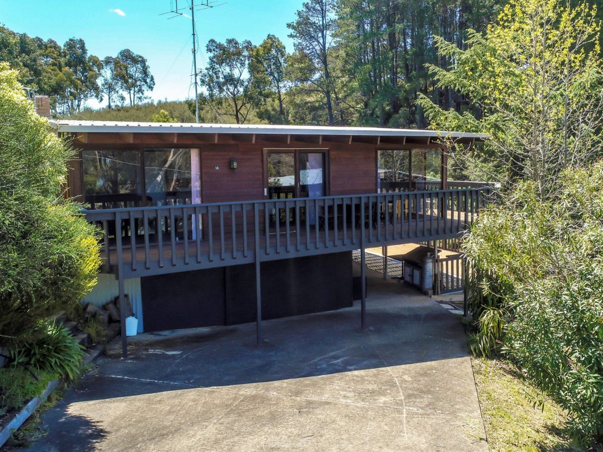 16 Honey Bee Run, Goughs Bay VIC 3723, Image 1