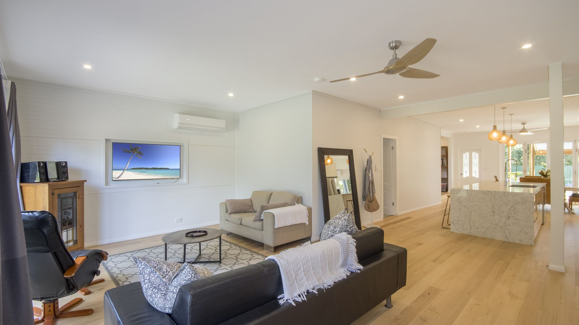 22 Reserve Drive, Bateau Bay NSW 2261, Image 1