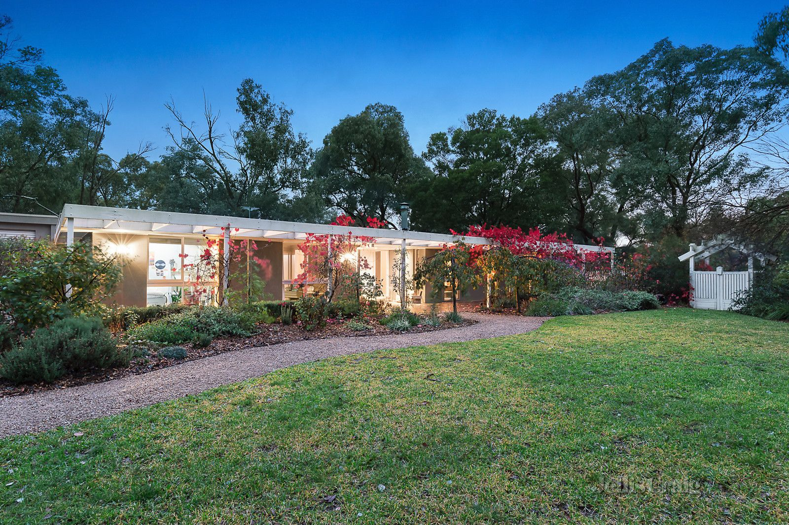 22 Thompson Crescent, Research VIC 3095, Image 0
