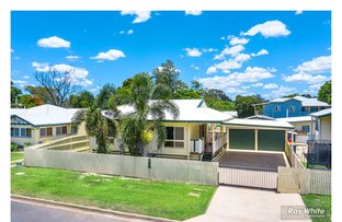 Picture of 15 Henderson Street, Park Avenue QLD 4701