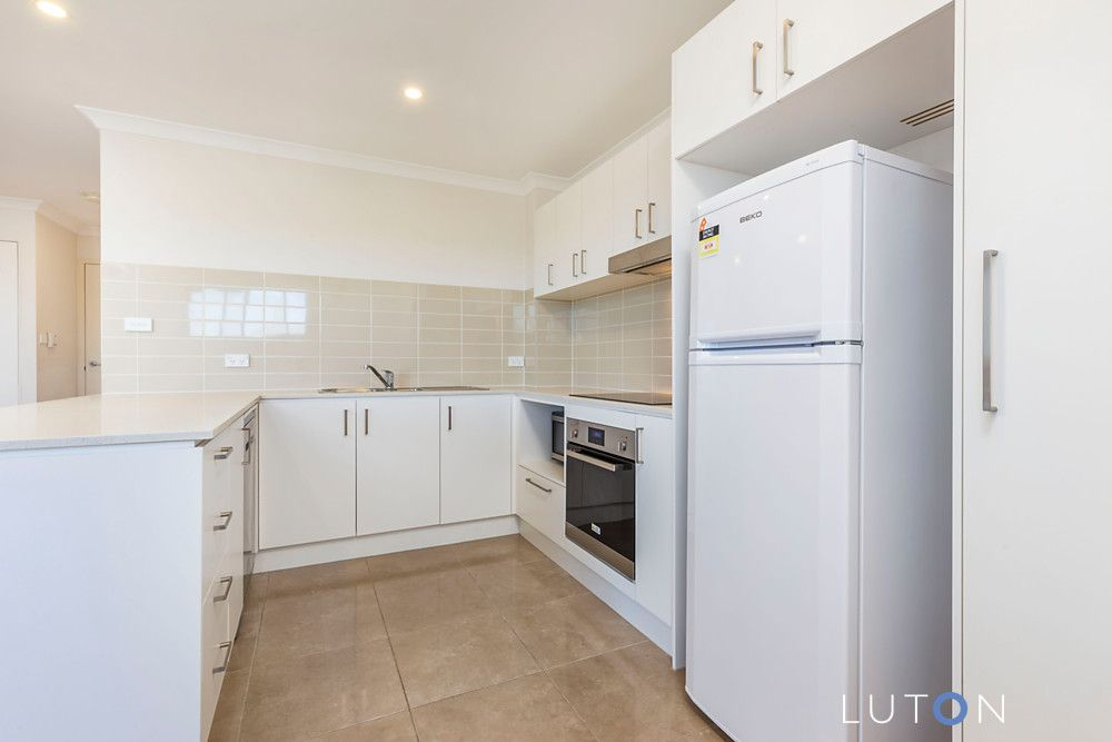 11/117 Redfern Street, Macquarie ACT 2614, Image 2