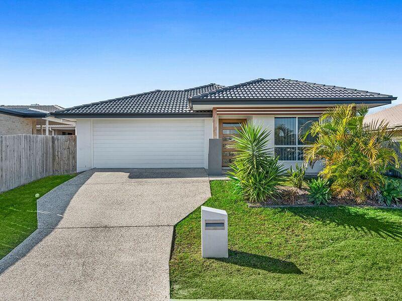 4 Maidstone Lane, Pimpama QLD 4209, Image 0