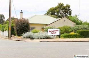 Picture of 37 Victoria Road, Clare SA 5453