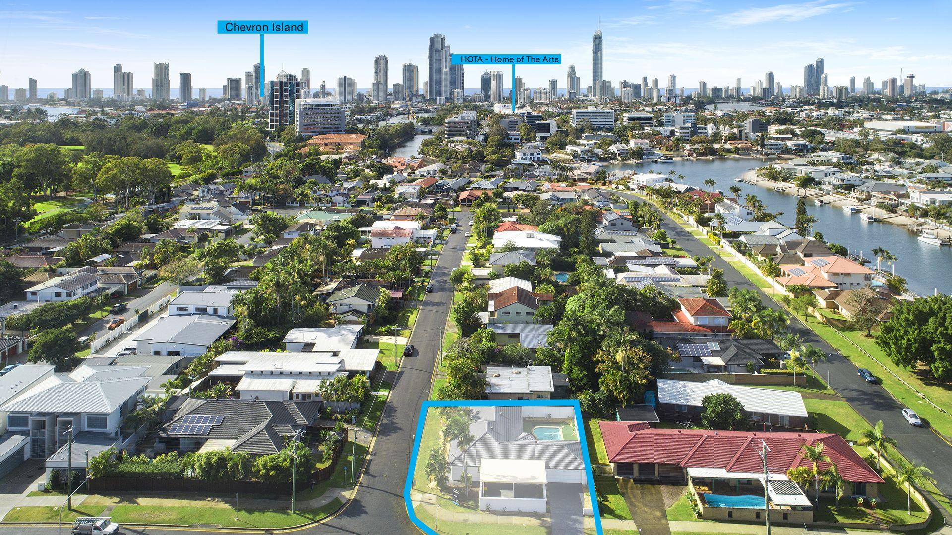 2 Raymond Avenue, Bundall QLD 4217, Image 2
