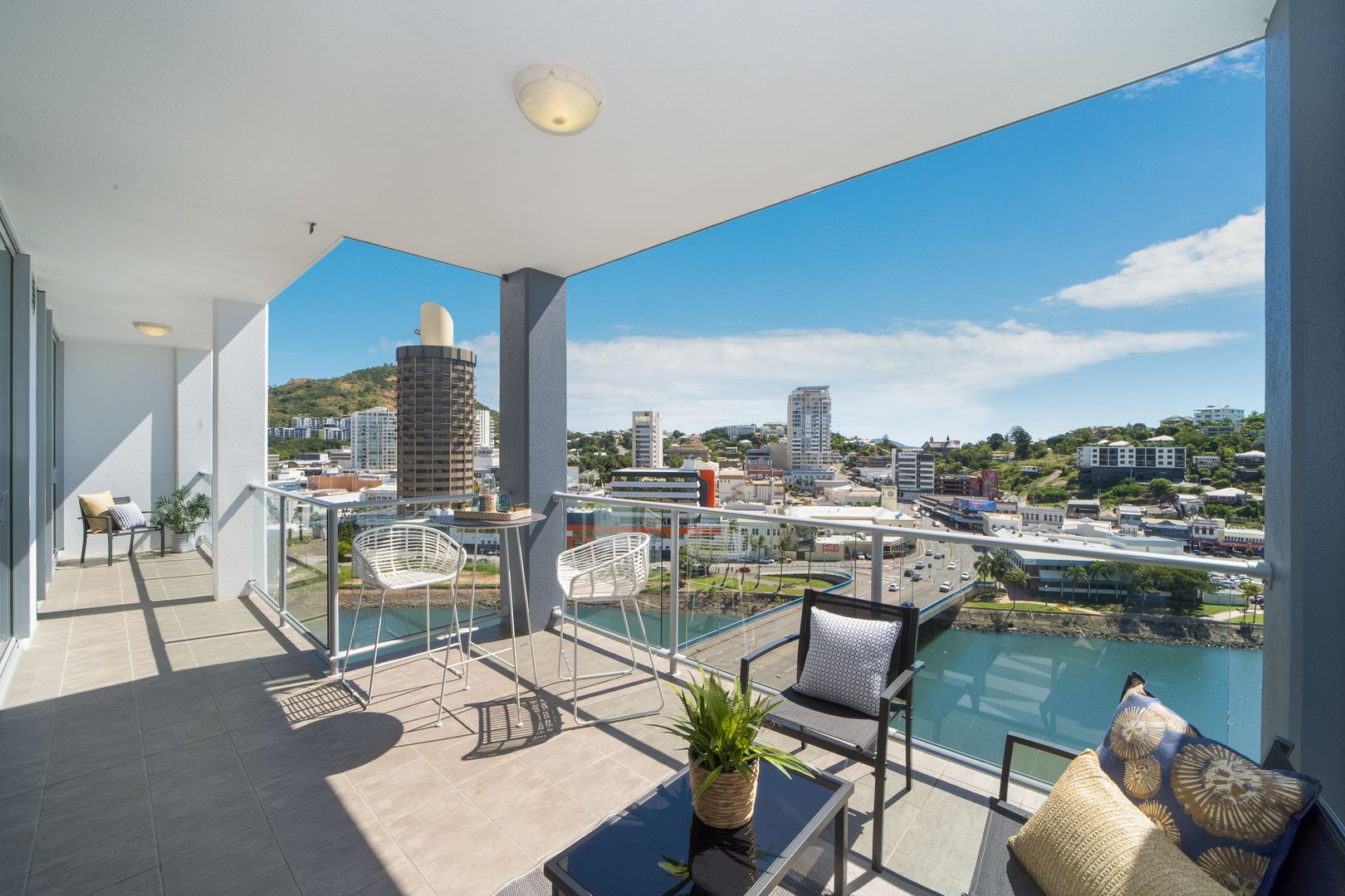 1203/2 Dibbs Street, South Townsville QLD 4810, Image 0