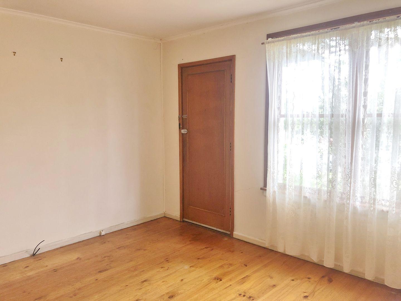 13 Wordsworth Avenue, Leumeah NSW 2560, Image 2