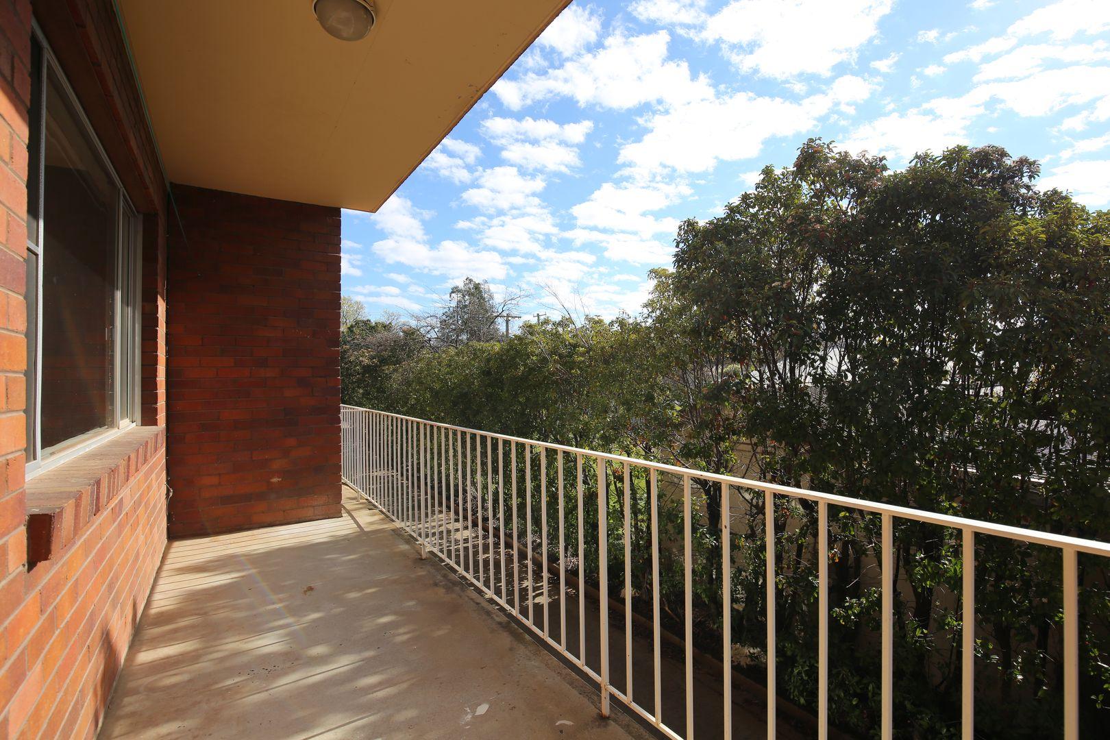 3/14 Burrendong Way, Orange NSW 2800, Image 1