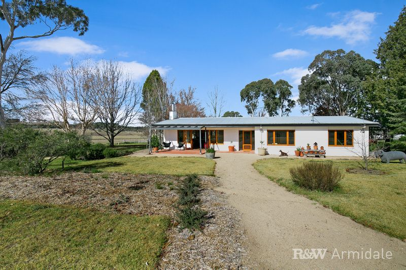 253 Burns Rd, Armidale NSW 2350, Image 2