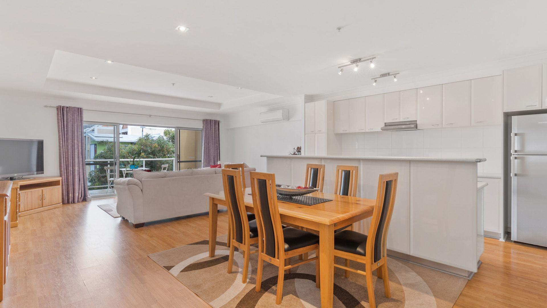 7/296 Newcastle  Street, Perth WA 6000, Image 2