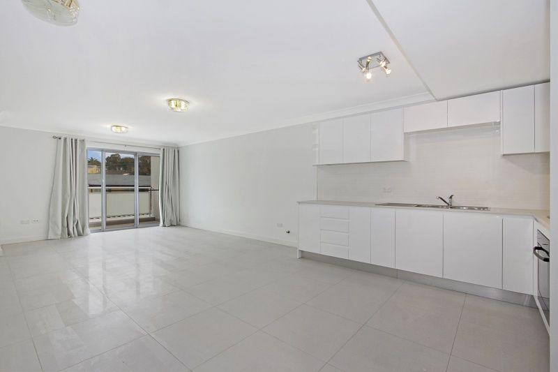 3/32 Tallawong Avenue, Blacktown NSW 2148, Image 0