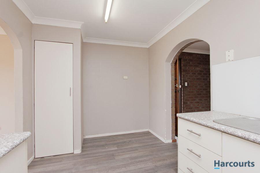 13 Dean Place, Lockridge WA 6054, Image 2