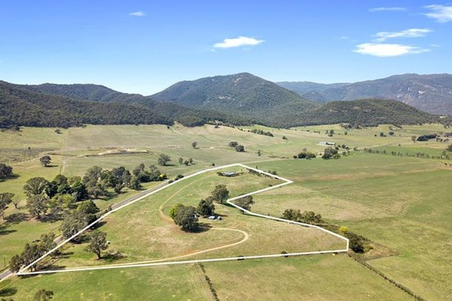 Picture of 918 Buffalo River Road, MYRTLEFORD VIC 3737