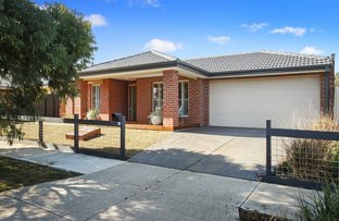 Picture of 10 Creswick Ave, Eynesbury VIC 3338