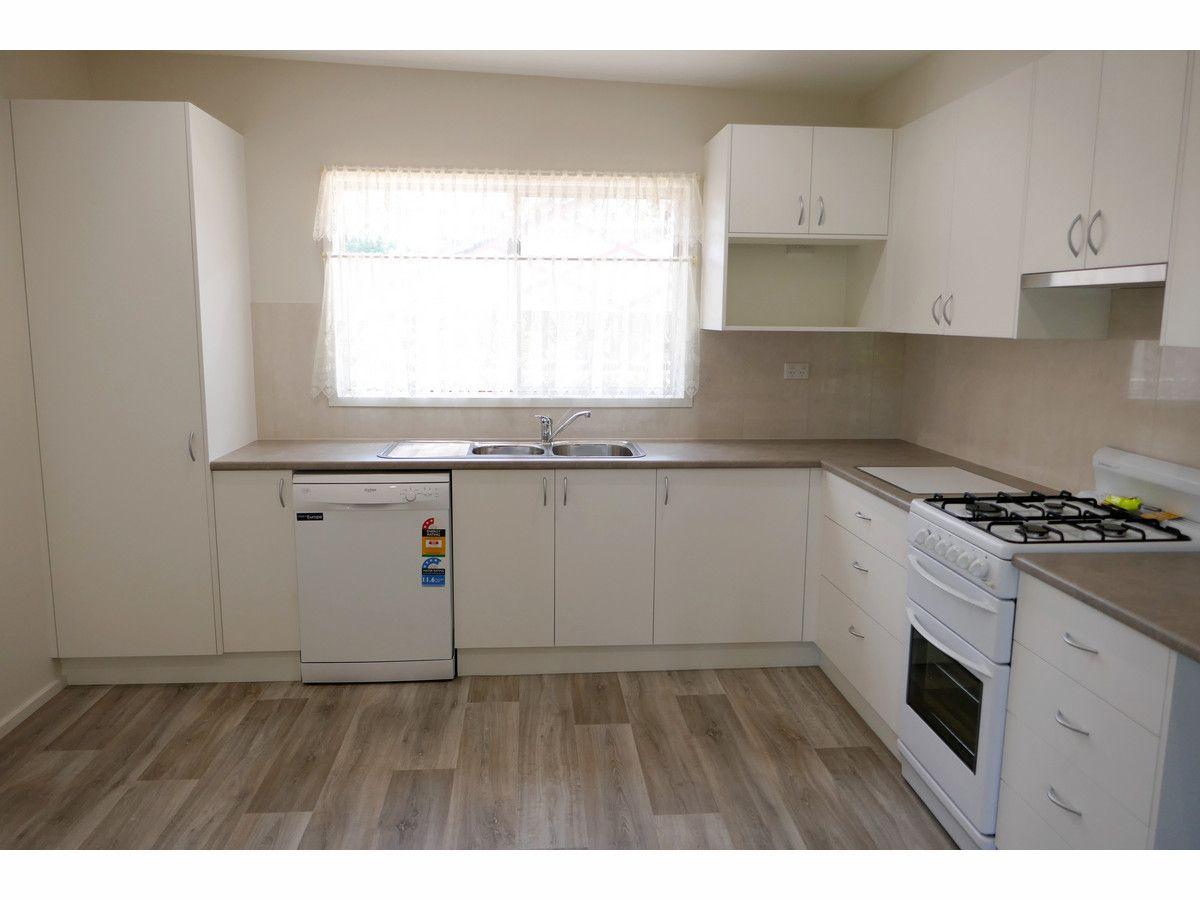 8 Valley Road, Katoomba NSW 2780, Image 2