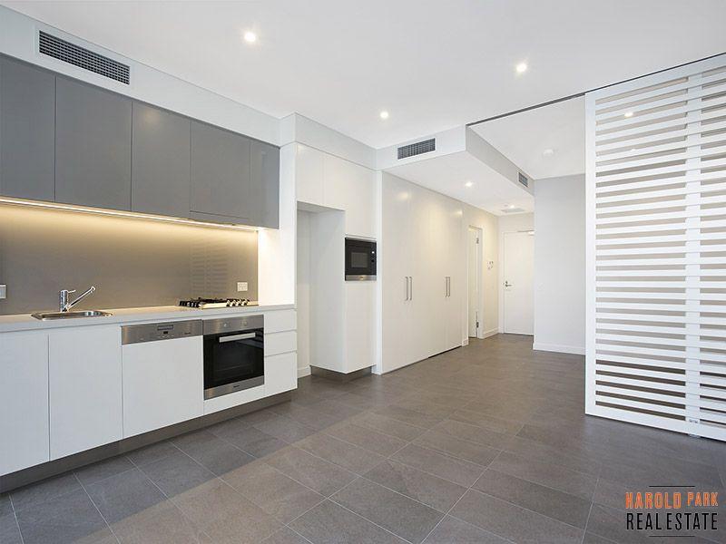 6608/162 Ross Street, Glebe NSW 2037, Image 2