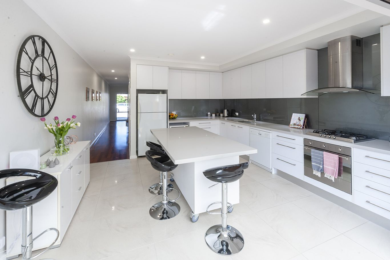 19 Tomsey Street, Adelaide SA 5000, Image 1