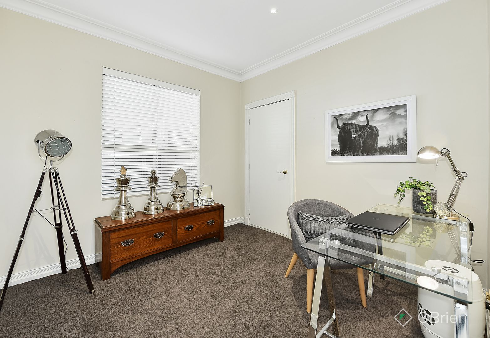 6 Ambleside Road, Greenvale VIC 3059, Image 2