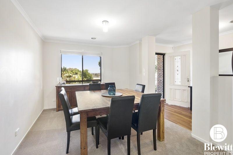 26 Stringybark Drive, Jerrabomberra NSW 2619, Image 2