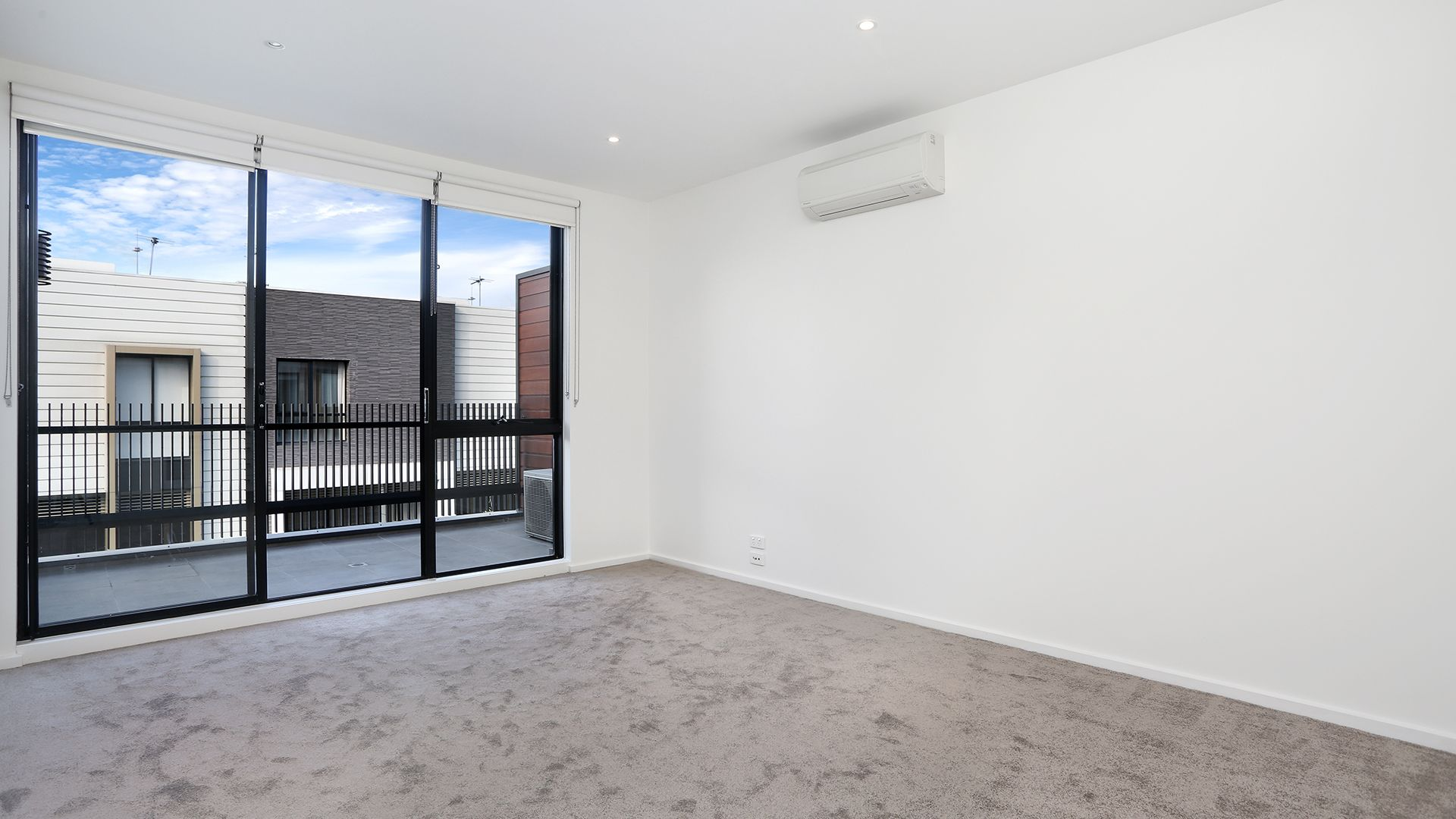 3/5 Barries Place, Clifton Hill VIC 3068, Image 2