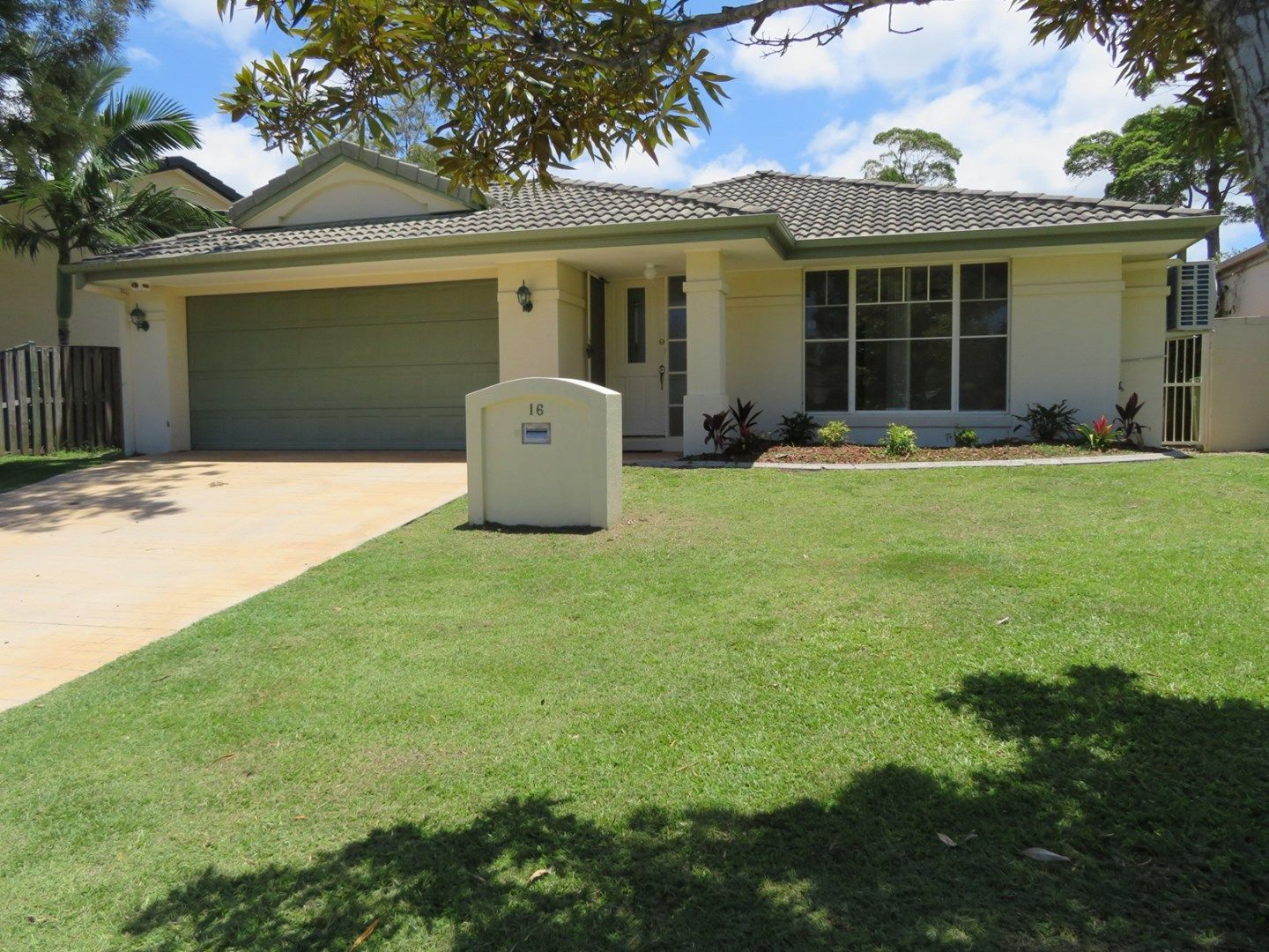 16 Clear River Boulevard, Ashmore QLD 4214, Image 0