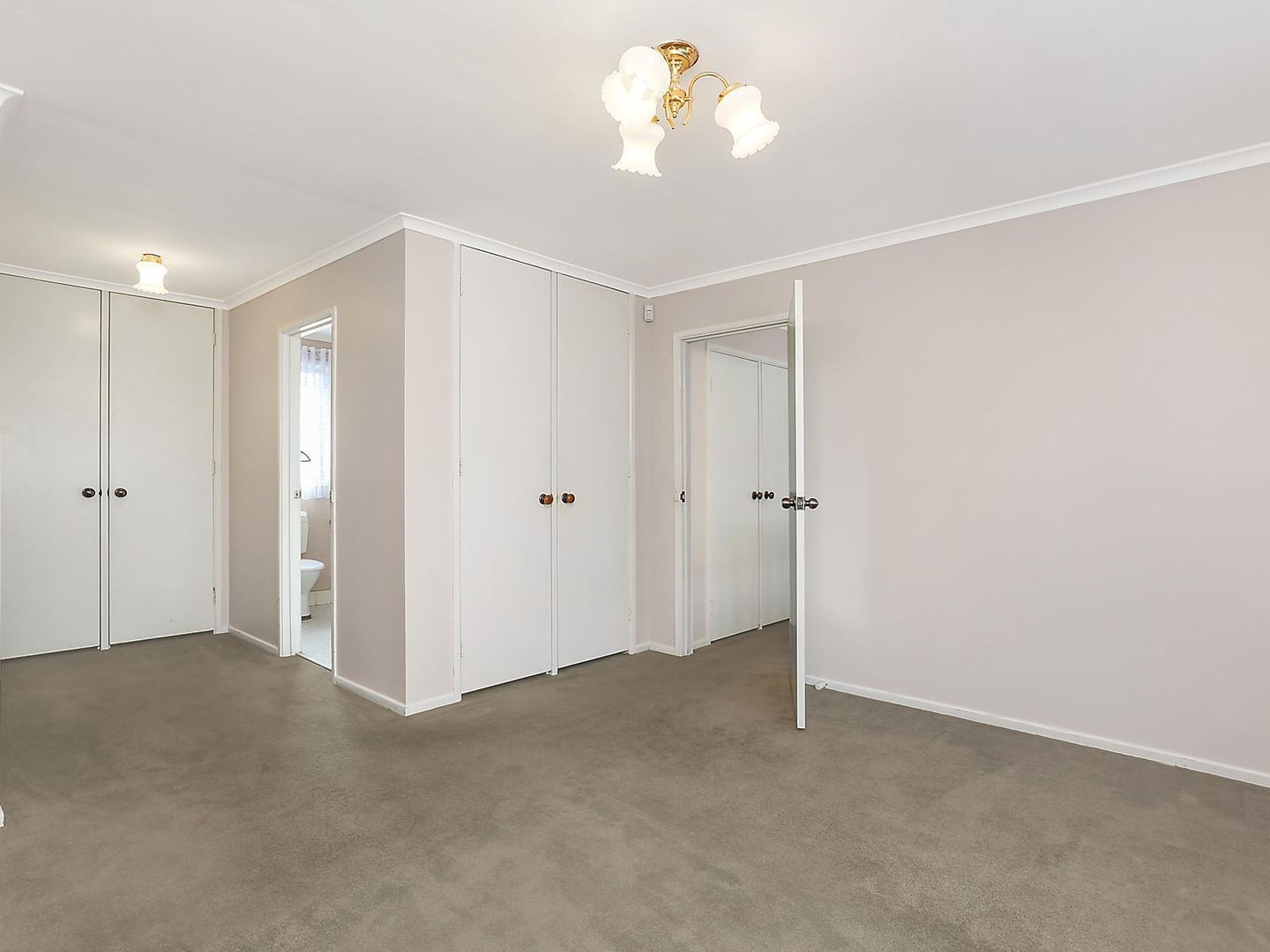105 Billa Road, Bangor NSW 2234, Image 2
