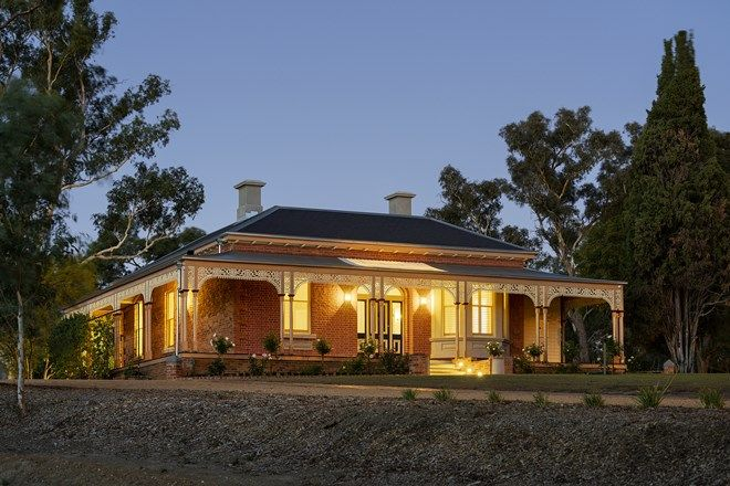 Picture of 8 Midland Highway, CASTLEMAINE VIC 3450
