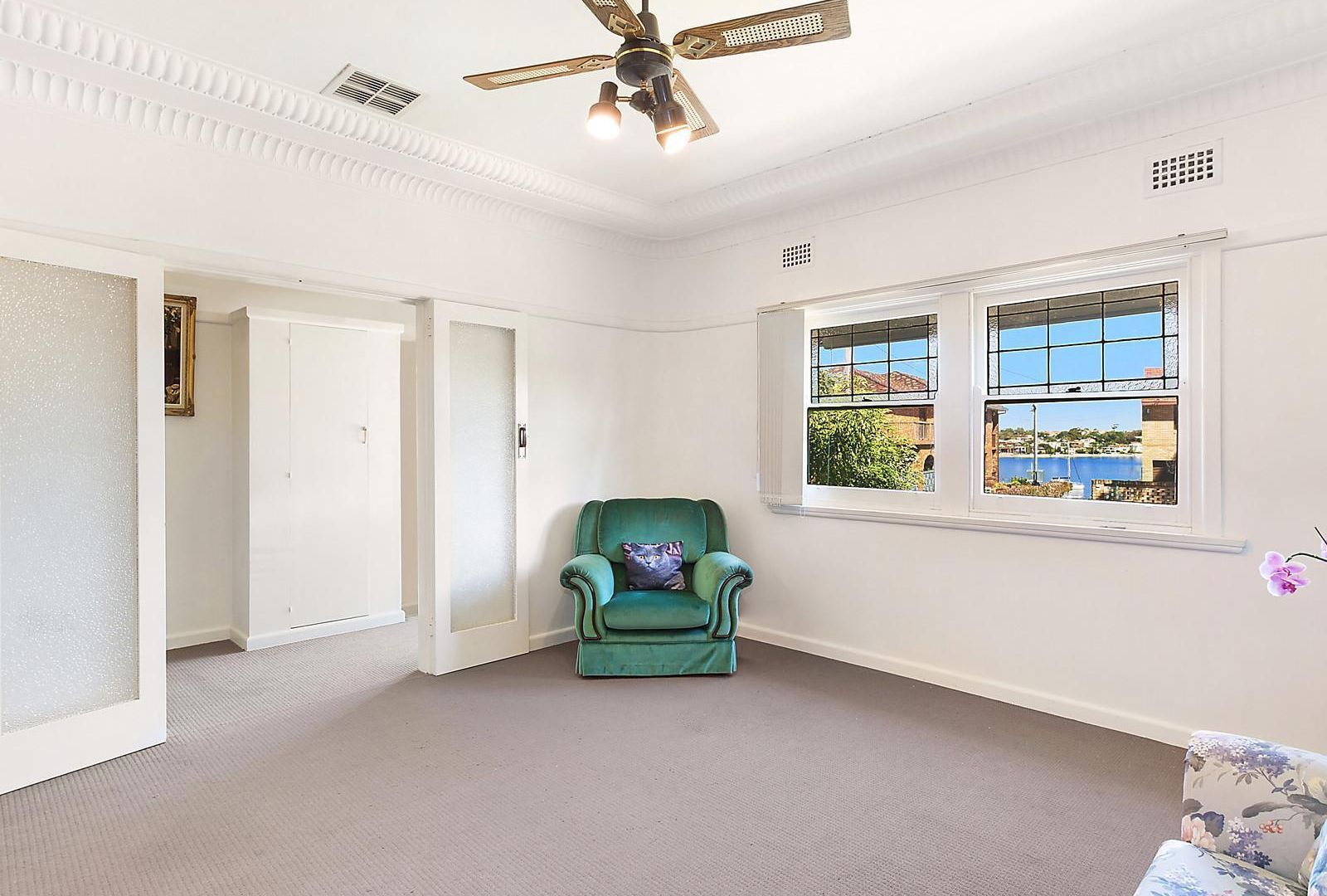 24 Holt Road, Taren Point NSW 2229, Image 2