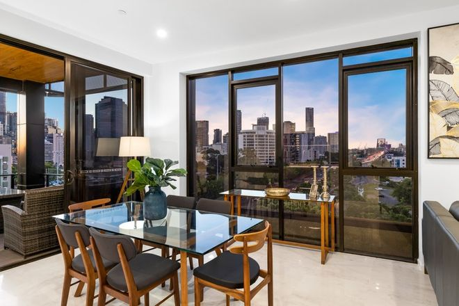 Picture of 9 LAMBERT STREET, KANGAROO POINT, QLD 4169