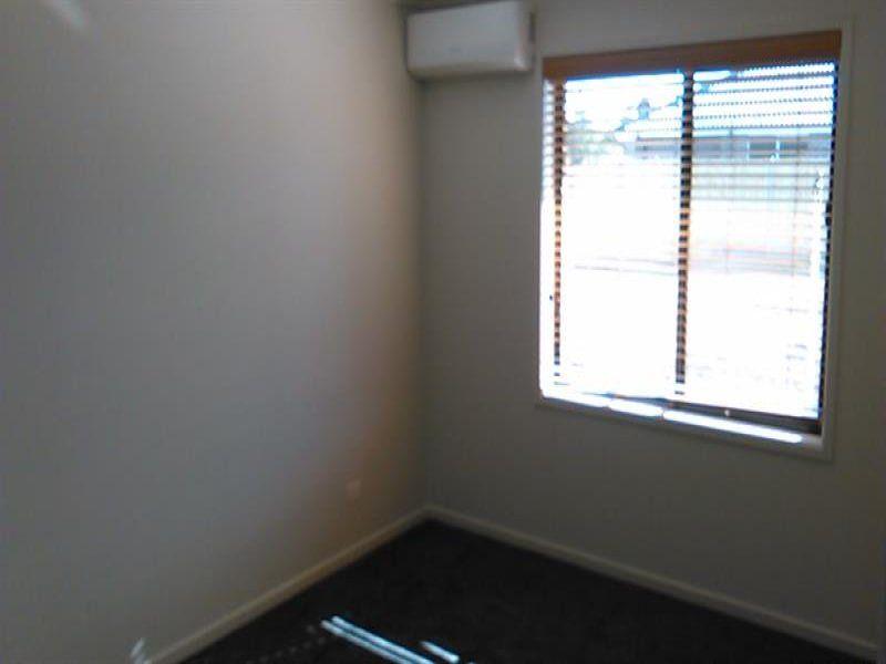 23A Furlong Drive, Currans Hill NSW 2567, Image 2
