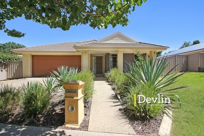 Picture of 9 Mossgrove Way, BEECHWORTH VIC 3747