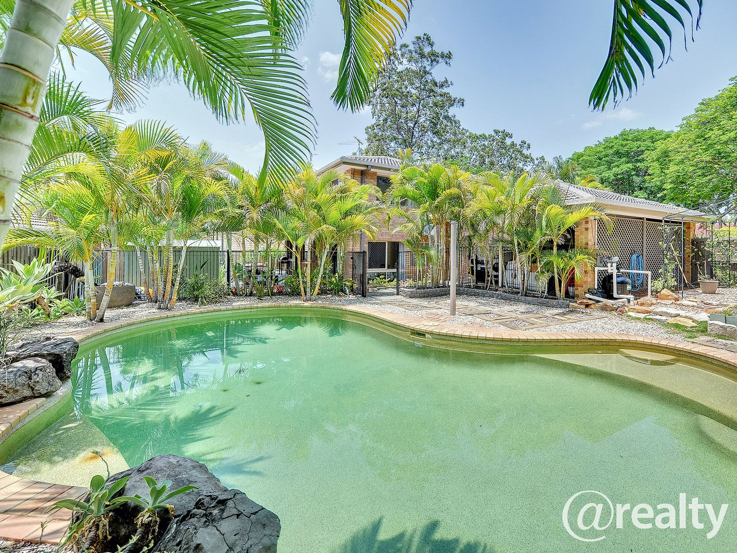 2 Beaufront Place, Forest Lake QLD 4078, Image 0